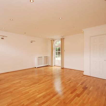 Rent this 5 bed house on Beaumont Gardens in London NW3 7TF, United Kingdom