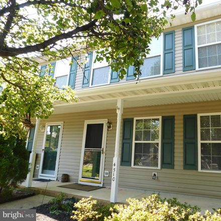 Rent this 3 bed townhouse on 4510 Kay Ct in Fredericksburg, VA