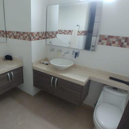 Rent this 4 bed apartment on Avenida 4 Norte in Comuna 2, 760045 Perímetro Urbano Santiago de Cali