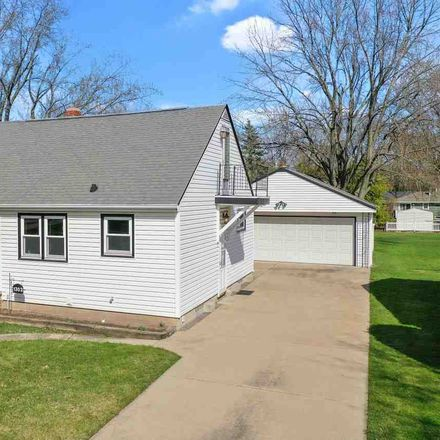 Rent this 3 bed house on S Walden Ave in Appleton, WI