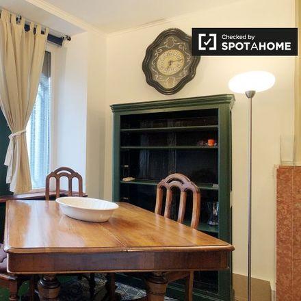 Rent this 1 bed apartment on Place des Acacias - Acaciasplein 17 in 1040 Etterbeek, Belgium