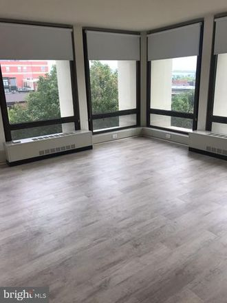 Rent this 1 bed apartment on Society Hill Towers North Building in 200 Locust Street, Philadelphia