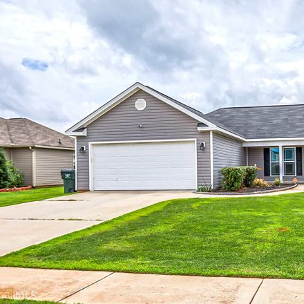 Rent this 3 bed house on 607 Tug Court in Warner Robins, GA 31088