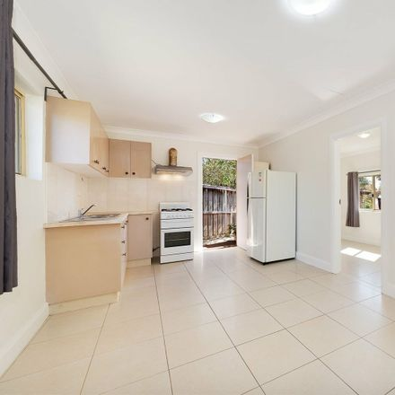 Rent this 1 bed apartment on 50a Stanley Street