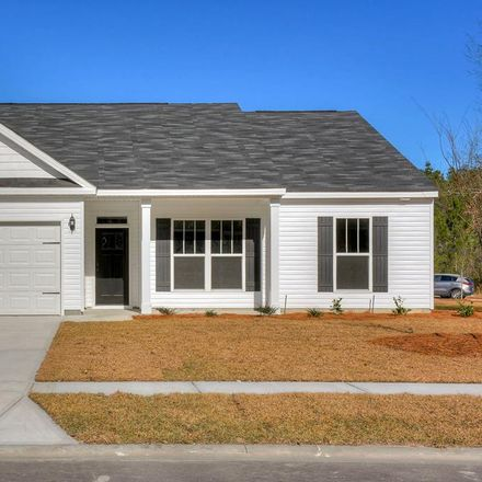 Rent this 3 bed house on Gregory Lake Rd in North Augusta, SC
