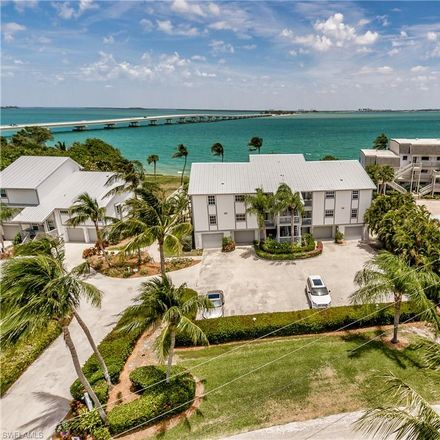 Rent this 3 bed condo on 800 Sextant Drive in Sanibel, FL 33957