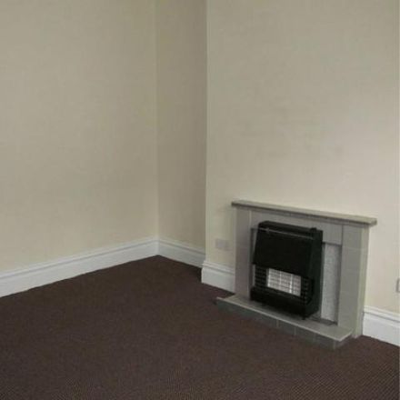 Rent this 4 bed house on Vale Street in Bradford BD21 4DA, United Kingdom
