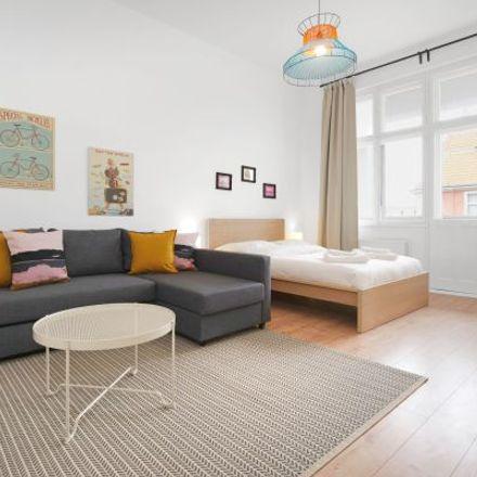 Rent this 3 bed apartment on EuroShop in Kurfürstendamm, 10711 Berlin