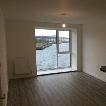 Rent this 2 bed apartment on Barry Island in Friars Road, Barry CF62