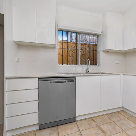 Rent this 3 bed house on 6 Comber Street