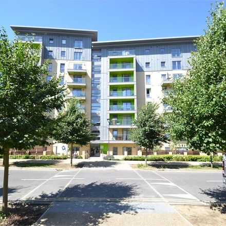 Rent this 2 bed apartment on Falcondale Court in Lakeside Drive, London