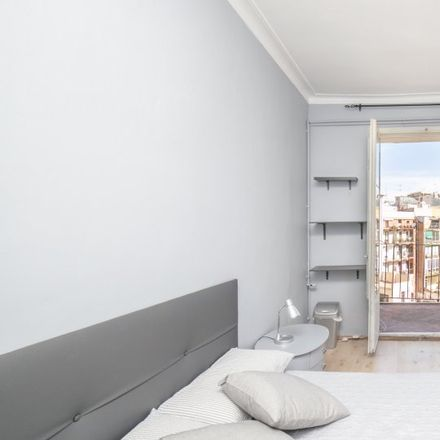 Rent this 5 bed apartment on Carrer d'Enric Granados in 29, 080007 Barcelona