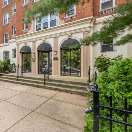 Rent this 3 bed condo on 1458 Columbia Road Northwest in Washington, DC 20009