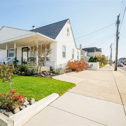 Rent this 3 bed house on 3112 Winchester Avenue in Longport, NJ 08403