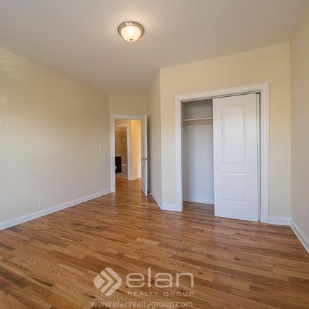 Rent this 2 bed apartment on N Wolcott Ave in Chicago, IL