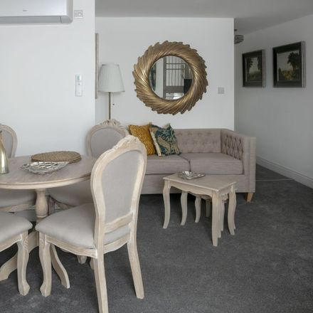 Rent this 1 bed apartment on 211 High Street in Cambridge CB4 1NL, United Kingdom