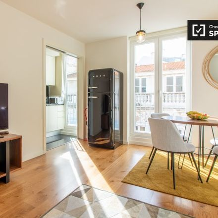 Rent this 2 bed apartment on Travessa do Cego in 1250-124 Santo António, Portugal
