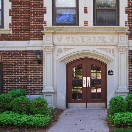 Rent this 2 bed condo on Waterman Pl in Saint Louis, MO