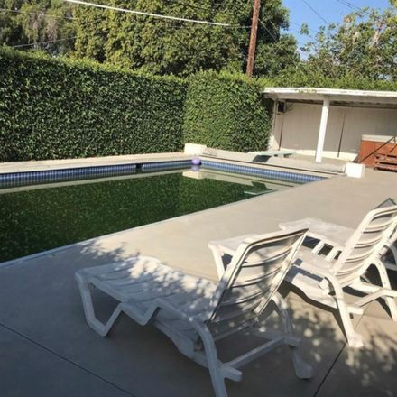 Rent this 1 bed room on 7333 Oso Avenue in Los Angeles, CA 91306