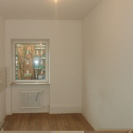 Rent this 2 bed apartment on Friedrich-Ebert-Straße 65 in 27570 Bremerhaven, Germany
