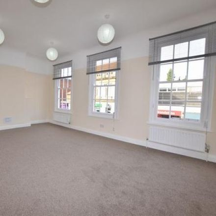 Rent this 3 bed apartment on fun-photo-factory in Fleet Road, Hart GU51 3QW