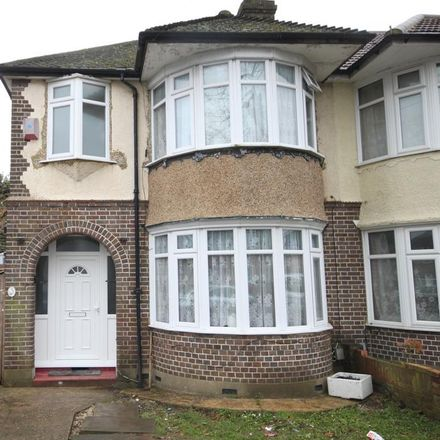 Rent this 3 bed house on Humberstone Road in Luton LU4 9SP, United Kingdom
