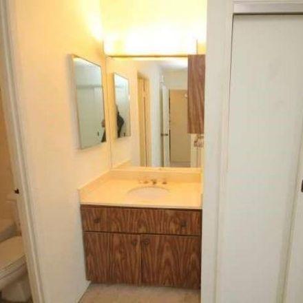 Rent this 1 bed condo on 1255 Nuuanu Avenue in Honolulu, HI 96817