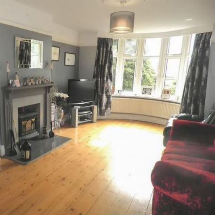 Rent this 6 bed house on Main Road in Christian Malford, SN15 4AZ