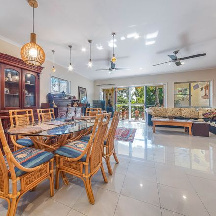 Rent this 2 bed apartment on 11/20 Hazelwood Gardens in Island Drive, Cannonvale