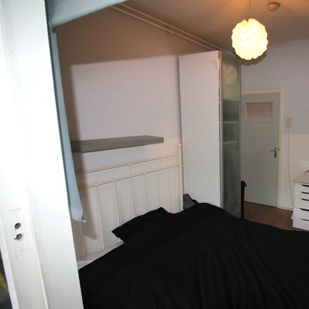 Rent this 5 bed room on Sonneveld 44 in 1082 BA Amsterdam, Países Bajos