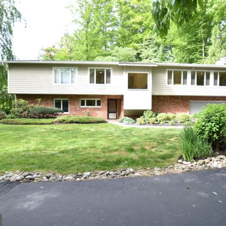 Rent this 6 bed house on 8520 Howell Road in Bethesda, MD 20817