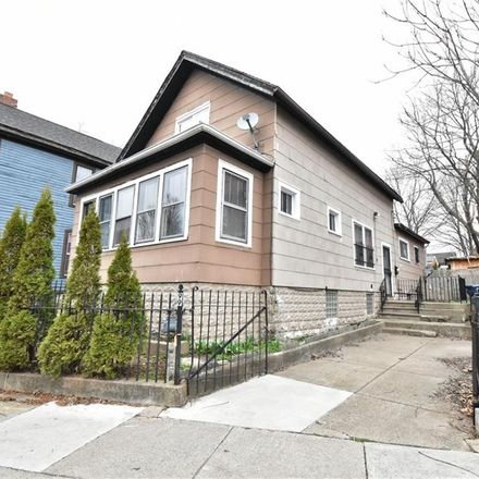Rent this 3 bed house on 99 Cottage Street in Buffalo, NY 14201