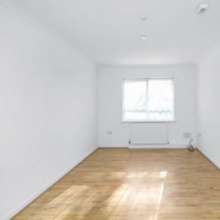 Rent this 2 bed apartment on Chinbrook Road in London SE12 9TT, United Kingdom