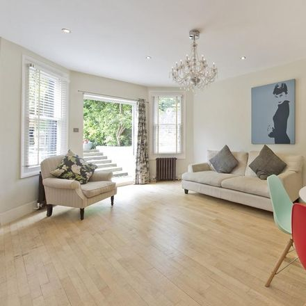 Rent this 2 bed apartment on St Helen's in St Quintin Avenue, London W10 6LP
