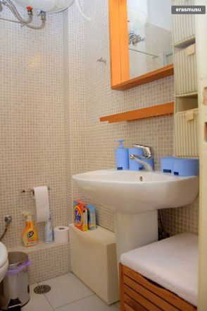Rent this 3 bed room on Kallifrona in Athina 113 64, Greece