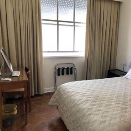 Rent this 1 bed room on Rio de Janeiro in Copacabana, RJ