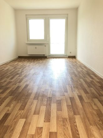 Rent this 3 bed apartment on Magdeborner Straße 6 in 04552 Borna, Germany