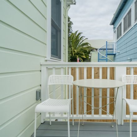 Rent this 2 bed house on 882 Wisconsin Street in San Francisco, CA 94107
