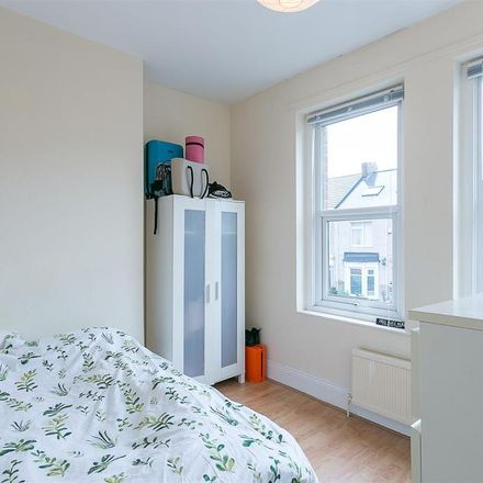Rent this 3 bed apartment on Hotspur Street in Newcastle upon Tyne NE6 5BH, United Kingdom