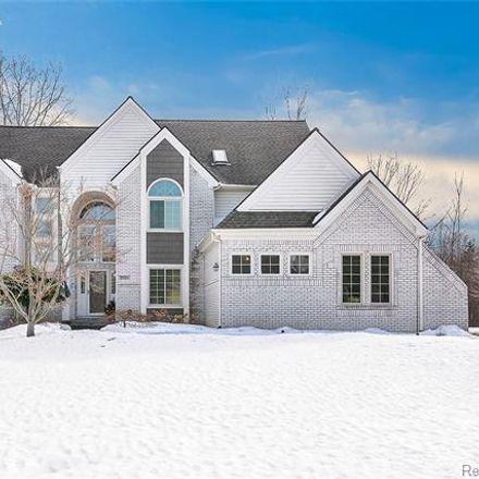 Rent this 4 bed house on 37103 Aspen Drive in Farmington Hills, MI 48335