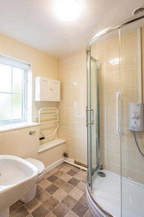 Rent this 2 bed house on Yattendon Lane in Yattendon RG18 0UF, United Kingdom