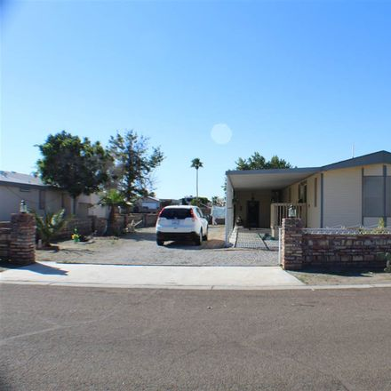Rent this 2 bed house on E 36th Pl in Yuma, AZ
