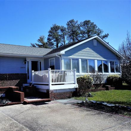Rent this 3 bed house on Maplewood Rd in Ocean View, DE