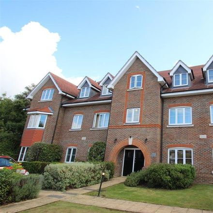 Rent this 2 bed apartment on Honeypot Lane in London HA7 1AH, United Kingdom