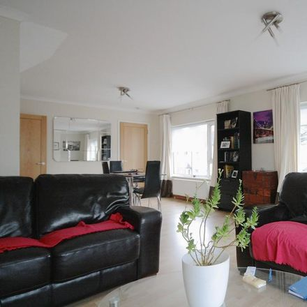 Rent this 2 bed apartment on The Robin Hood in 16 Severn Grove, Cardiff CF11 9EN