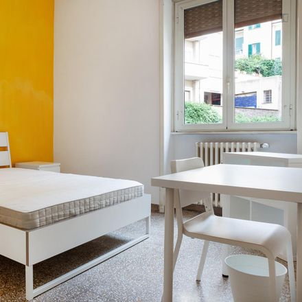 Rent this 5 bed room on Hotel Aniene in Viale Tirreno, 74