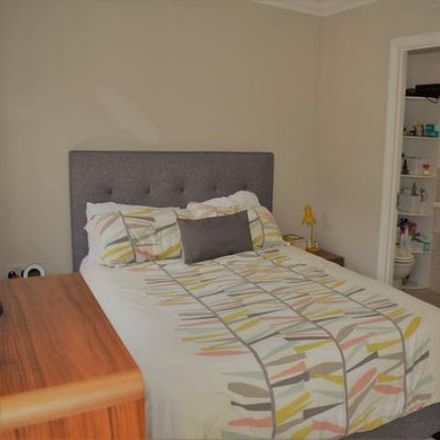 Rent this 5 bed house on Kelling Way in Monkston MK10 9NQ, United Kingdom