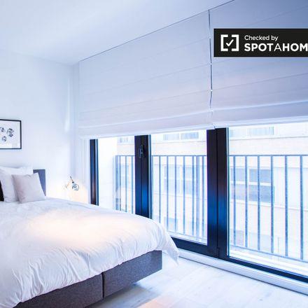 Rent this 1 bed apartment on Radisson Blu Royal Hotel in Rue du Fossé aux Loups - Wolvengracht 47, 1000 Ville de Bruxelles - Stad Brussel
