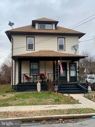 Rent this 1 bed townhouse on Gloucester Township in 155 West Central Avenue, Blackwood