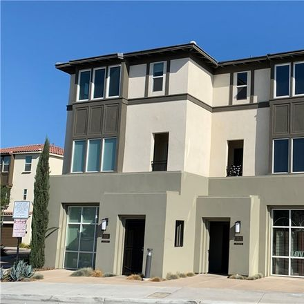 Rent this 3 bed townhouse on Legion Drive in Signal Hill, CA 90755